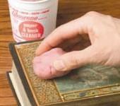 Absorene sredstvo za čišćenje papira i knjiga